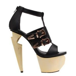 Privileged Shoes - Privileged Black and Gold